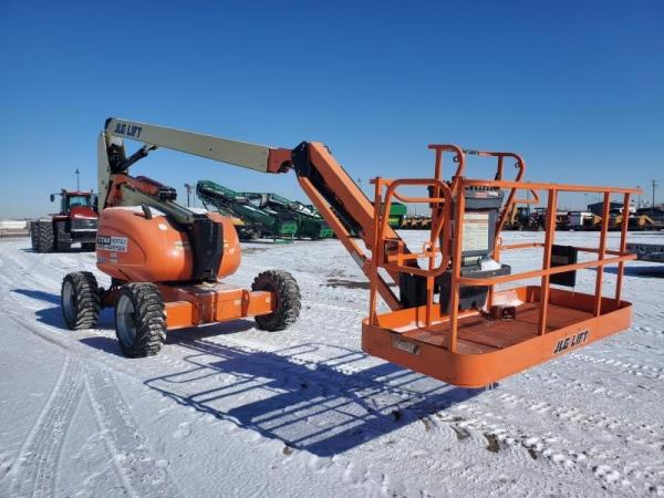 Detail photo of 2012 JLG 600AJ from Construction Equipment Guide