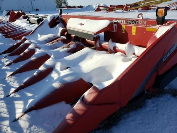 Detail photo of 2014 Case IH 4206 from Construction Equipment Guide