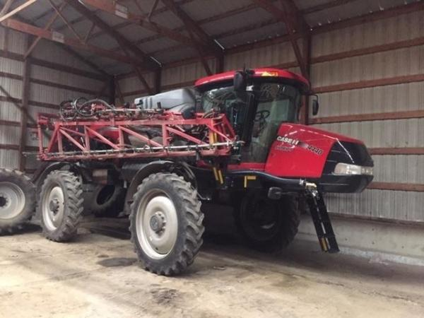 Detail photo of 2015 Case IH PATRIOT 4440 from Construction Equipment Guide