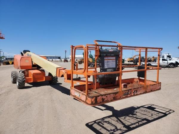 Detail photo of 2011 JLG 660SJ from Construction Equipment Guide