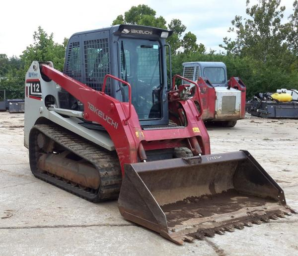 Detail photo of 2016 Takeuchi TL12 from Construction Equipment Guide