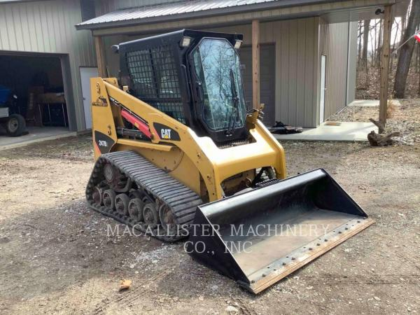 Detail photo of 2010 Caterpillar 247B3 from Construction Equipment Guide