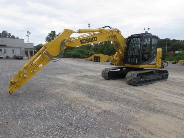 Detail photo of 2018 Kobelco SK140SR LC-5 from Construction Equipment Guide
