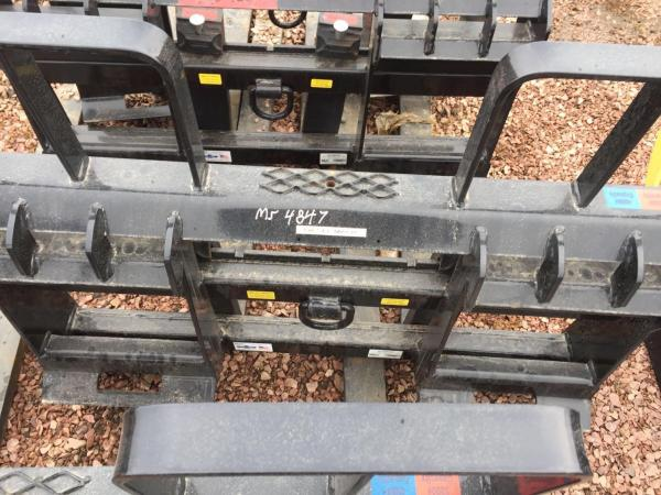 Detail photo of 2018 MDS 48IN., PALLET FORK, WALK THROUGH RAIL STYLE CARRIAGE from Construction Equipment Guide