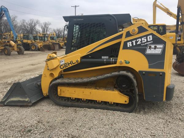 Detail photo of 2014 Gehl RT250 from Construction Equipment Guide