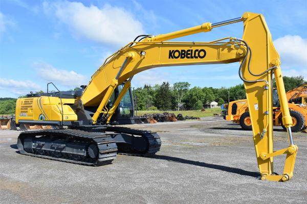 Detail photo of 2019 Kobelco SK350 from Construction Equipment Guide