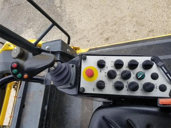 Detail photo of 2014 Bomag BW 190 AD-5 from Construction Equipment Guide