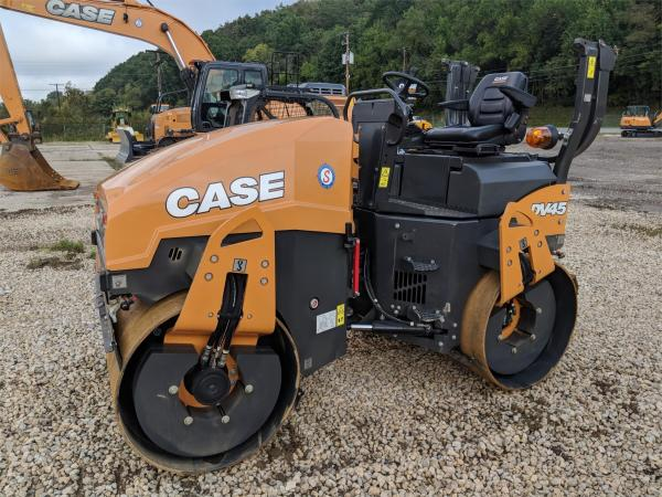 Detail photo of 2017 Case DV45 from Construction Equipment Guide