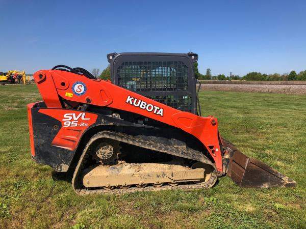 Detail photo of 2018 Kubota SVL95-2S from Construction Equipment Guide