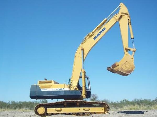 Detail photo of  Komatsu PC400LC-5 from Construction Equipment Guide
