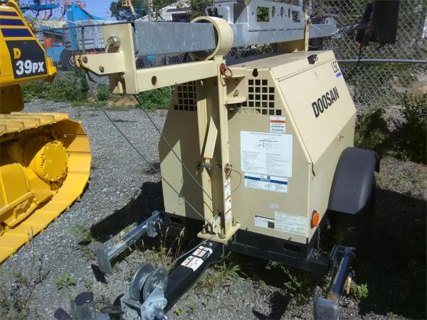 Detail photo of 2016 Doosan Portable Power LSCWKUB-60HZ-T4F from Construction Equipment Guide