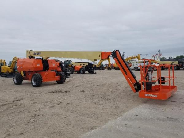 Detail photo of 2018 JLG 860SJ from Construction Equipment Guide
