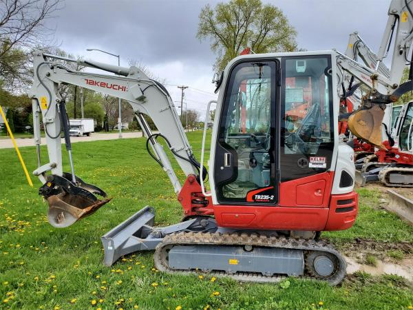 Detail photo of 2019 Takeuchi TB235-2 from Construction Equipment Guide