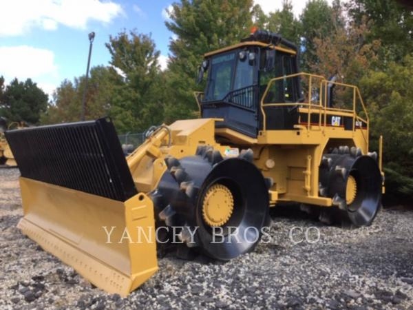 Detail photo of 2004 Caterpillar 826G from Construction Equipment Guide