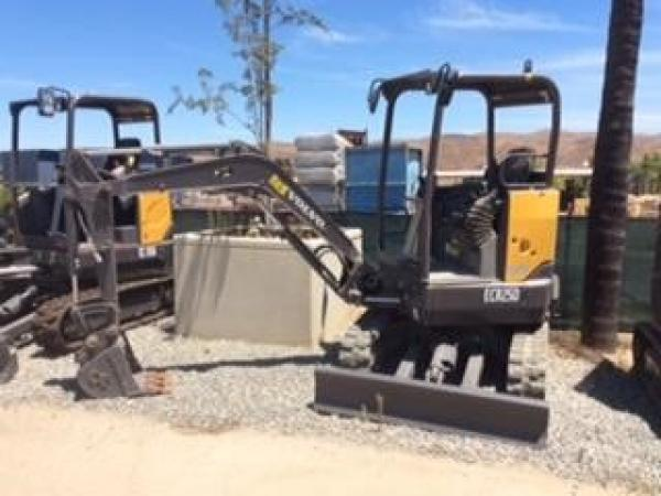 Detail photo of 2017 Volvo ECR25D from Construction Equipment Guide