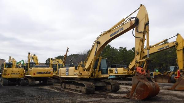 Detail photo of 2006 Komatsu PC300LC-7 from Construction Equipment Guide