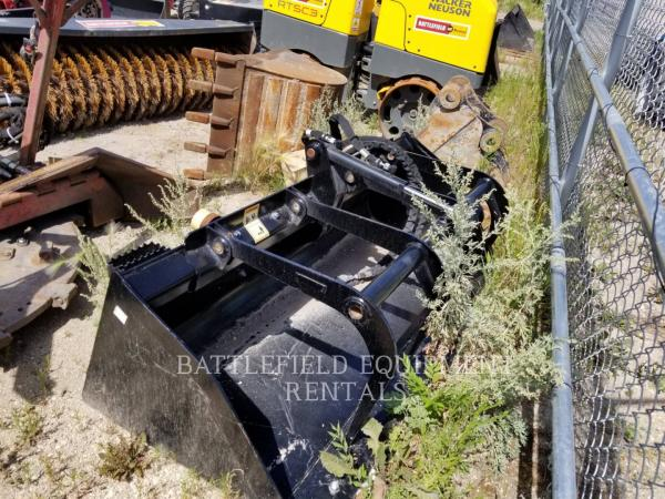 Detail photo of  Caterpillar 74.IN.UTILITY.GRAPPLE.BUCKET from Construction Equipment Guide