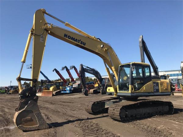 Detail photo of 2006 Komatsu PC200LC-7 from Construction Equipment Guide