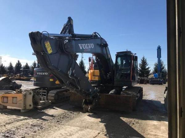 Detail photo of 2018 Volvo ECR355E from Construction Equipment Guide
