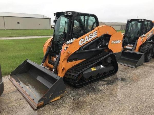 Detail photo of 2019 Case TV380 from Construction Equipment Guide