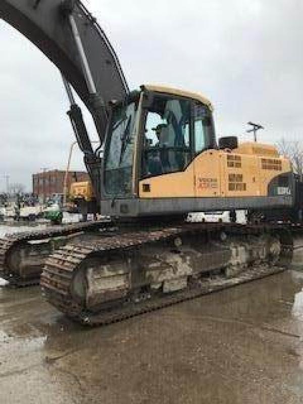Detail photo of 2009 Volvo EC330CL from Construction Equipment Guide