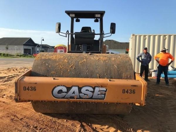 Detail photo of 2015 Case SV212 from Construction Equipment Guide