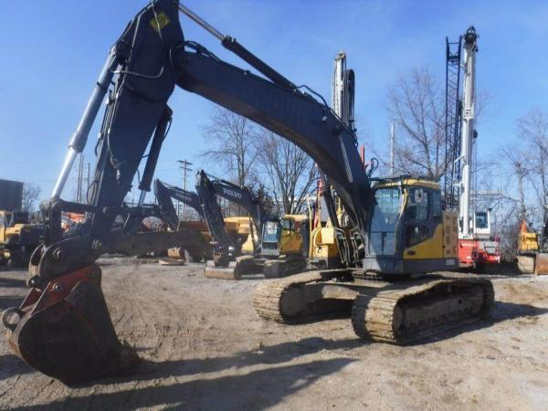 Detail photo of 2012 Volvo ECR305CL from Construction Equipment Guide