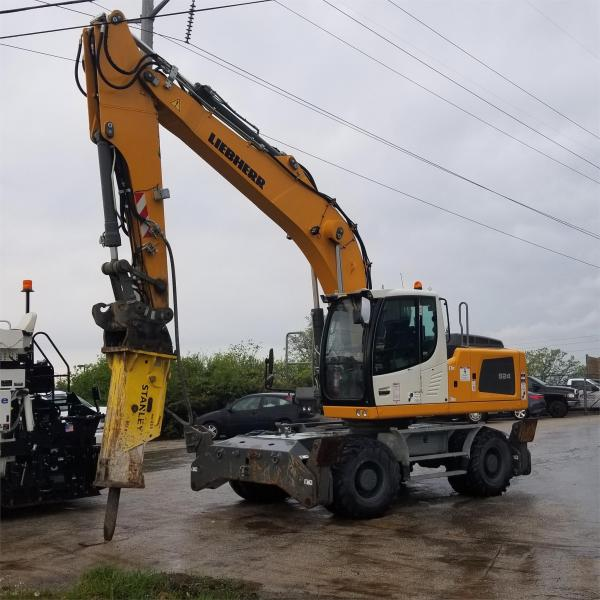 Detail photo of 2015 Liebherr A924C from Construction Equipment Guide