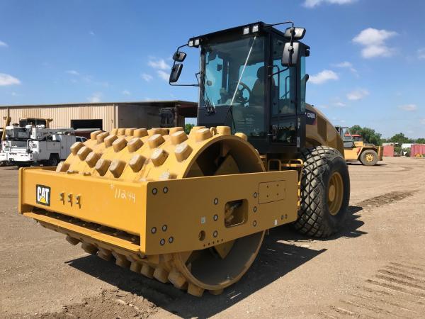 Detail photo of 2017 Caterpillar CS66B from Construction Equipment Guide