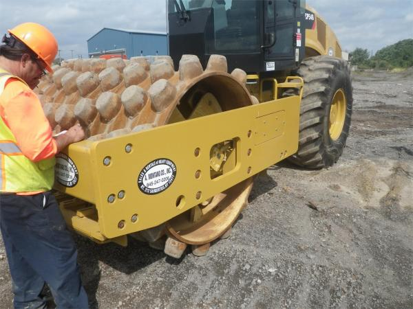 Detail photo of 2013 Caterpillar CP54B from Construction Equipment Guide