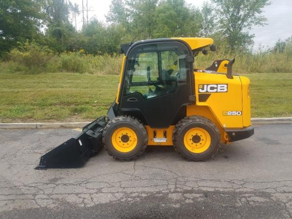 Detail photo of 2018 JCB 250 from Construction Equipment Guide