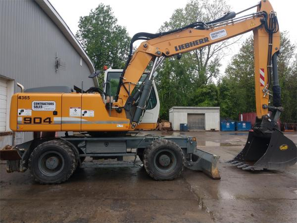 Detail photo of 2015 Liebherr A904C LITRONIC from Construction Equipment Guide