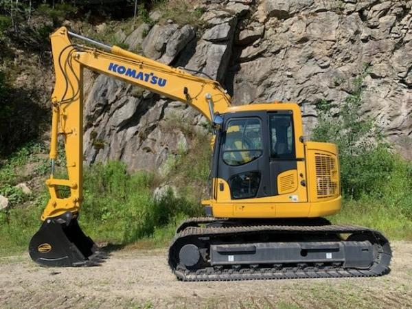 Detail photo of 2014 Komatsu PC138US-10 from Construction Equipment Guide