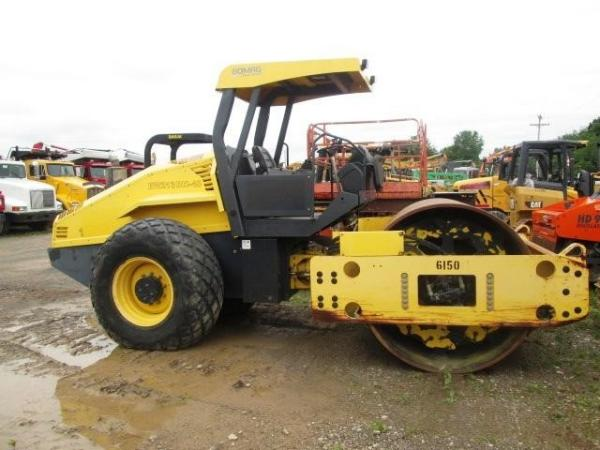 Detail photo of 2007 Bomag BW 213 DH-40 from Construction Equipment Guide