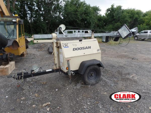 Detail photo of 2012 Doosan Portable Power LSCWKUB-60HZ-T4F from Construction Equipment Guide