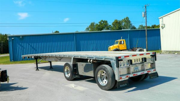 Detail photo of 2010 REITNOUER USED ALUM FLATBED from Construction Equipment Guide