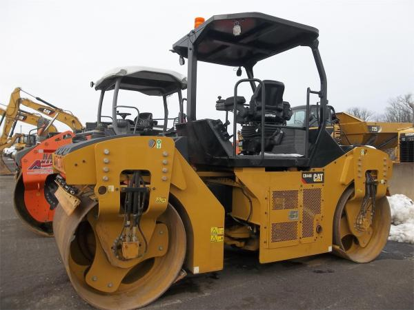 Detail photo of 2017 Caterpillar CB44B from Construction Equipment Guide