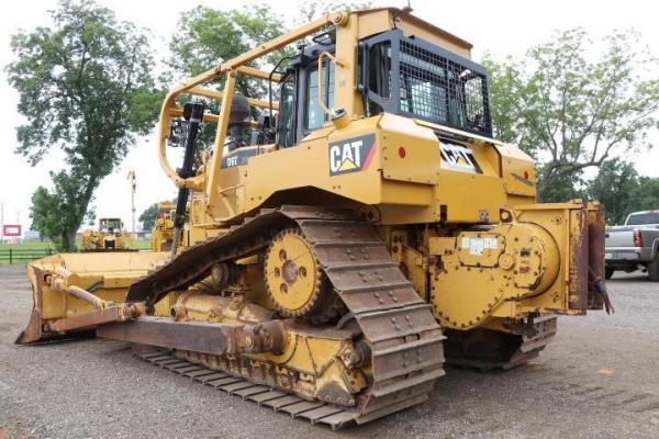 Detail photo of 2016 John Deere 300G LC from Construction Equipment Guide