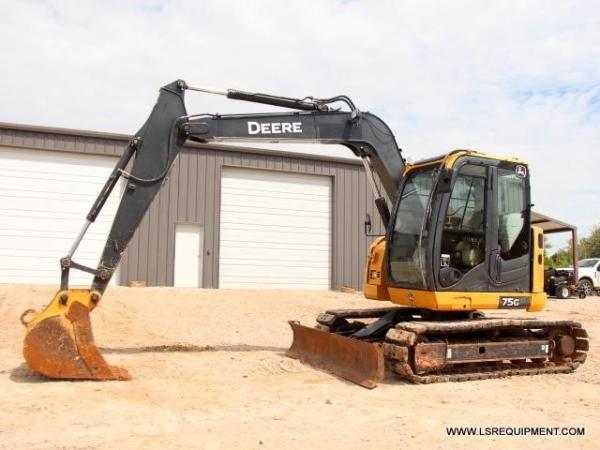 Detail photo of 2015 John Deere 75G from Construction Equipment Guide