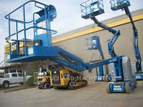 Detail photo of 2013 Genie Z-30 from Construction Equipment Guide