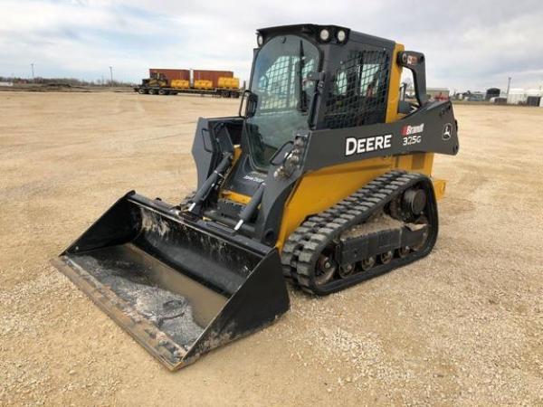 Detail photo of 2019 John Deere 325G from Construction Equipment Guide