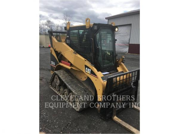 Detail photo of 2004 Caterpillar 257B from Construction Equipment Guide