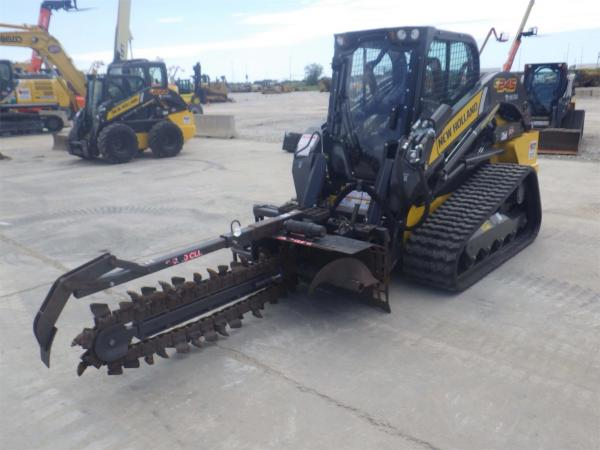 Detail photo of 2019 New Holland C245 from Construction Equipment Guide
