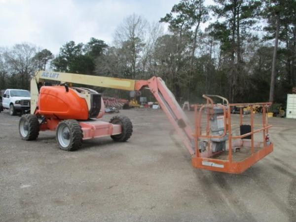 Detail photo of 2010 JLG 600AJ from Construction Equipment Guide