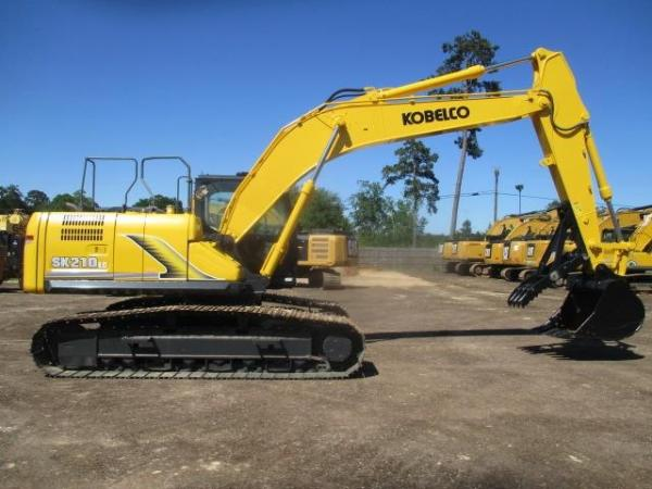 Detail photo of 2017 Kobelco SK210 LC-9 from Construction Equipment Guide
