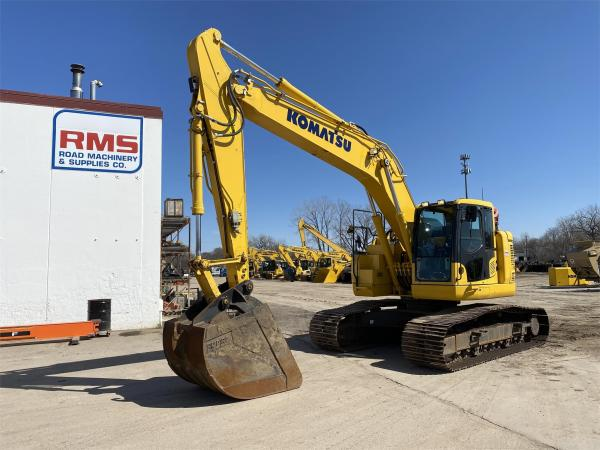 Detail photo of 2018 Komatsu PC238USLC-11 from Construction Equipment Guide