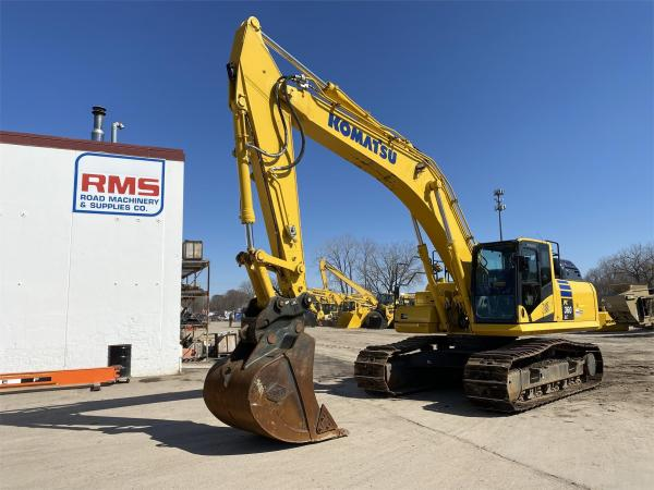 Detail photo of 2019 Komatsu PC360LC-11 from Construction Equipment Guide