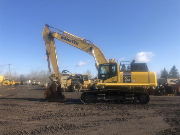 Detail photo of 2015 Komatsu PC490LC-11 from Construction Equipment Guide