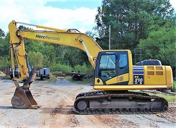 Detail photo of 2012 Komatsu PC210LC-10 from Construction Equipment Guide