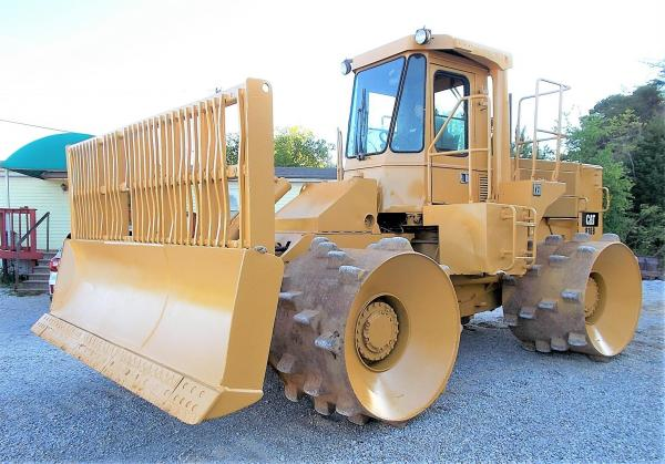 Detail photo of 1988 Caterpillar 816B from Construction Equipment Guide